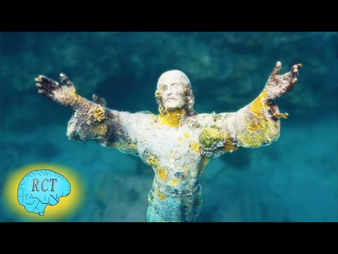 5 Wonderful Underwater Catholic Statues