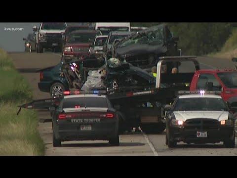 2 children, 2 adults killed in Bastrop County crash