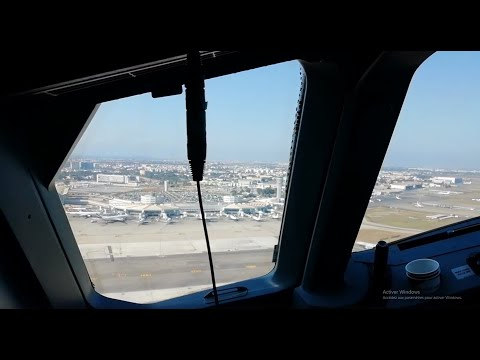TAKING OFF ALGIERS AIRPORT FROM THE COCKPIT / AIGLE AZUR AIRBUS A320
