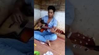 Quen em trong từng cơn đau(guitar)