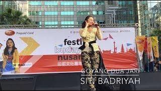 Gambar cover Goyang Dua Jari Live konser di Taiwan Siti Badriyah