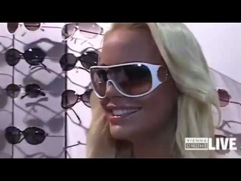 sunglasses outlet  Gina-Lisa Lohfink im Sunglasses Outlet