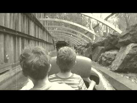 Rocky Hollow Log Ride Dreamworld Gold Coast QLD