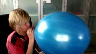 worlds largest punch balloon