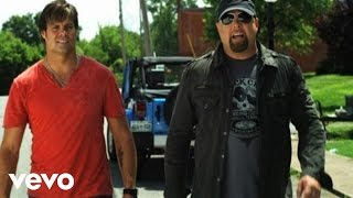Watch Montgomery Gentry While Youre Still Young video