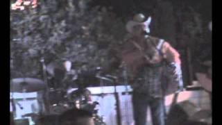 Baixar Faby Gomez y sus Remolinos - popurri (XV del JJ Araujo jr)