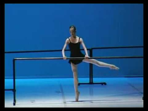 Zoia miller, Présentation des eleves de l'opéra, 1999 ( elle avait 10 ans)