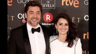 Penélope Cruz and Javier Bardem Take Date Night to the Red Carpet at Spain's Goya...