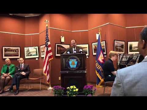 Harrisburg Mayor Eric Papenfuse sworn in for second term