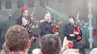 Red Hot Chilli Pipers - We will rock you(Queen) Eye of Tiger(Survivor) Clumsy lover 2010