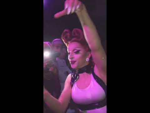 Miz Cracker performing Before He Cheats Mix at The Ritz NYC #turntwednesday
