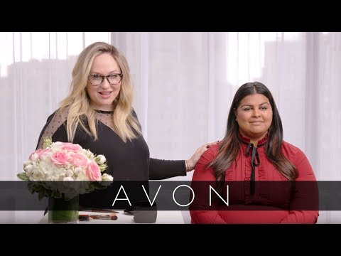 Kelsey Deenihan Shows How to Slim Your Face by Contouring | Avon