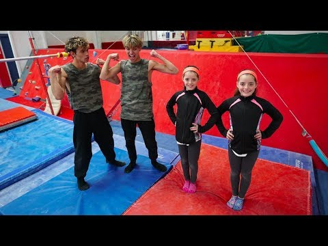 TWIN GIRLS vs. TWIN BOYS!