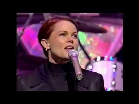 Belinda Carlisle - Interview / Heaven is a Place on Earth (Top Music '96)