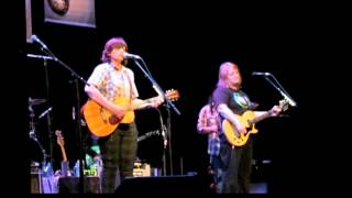 Watch Indigo Girls Faye Tucker video