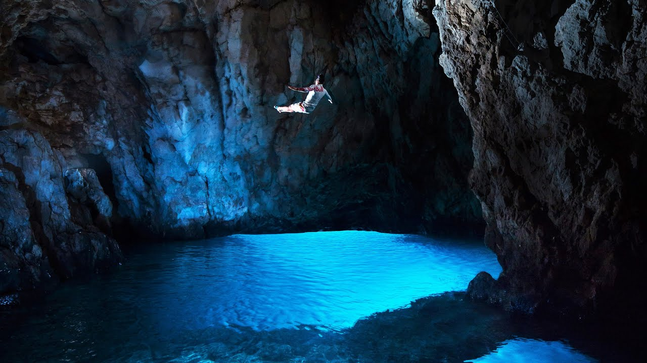 vis island magical blue cave biševo island tranquility and
