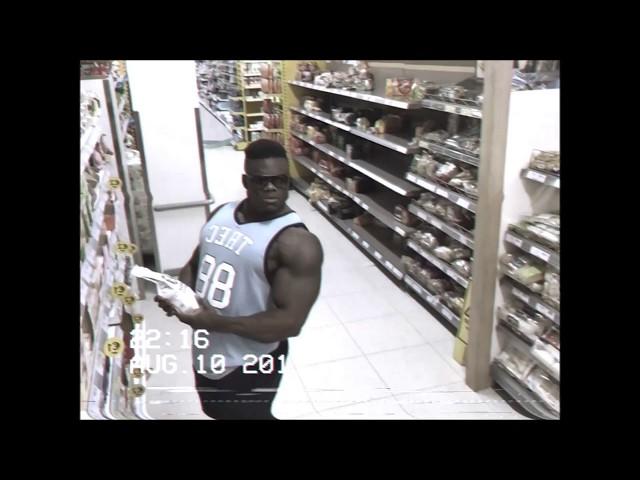 A bodybuilder & CCTV.