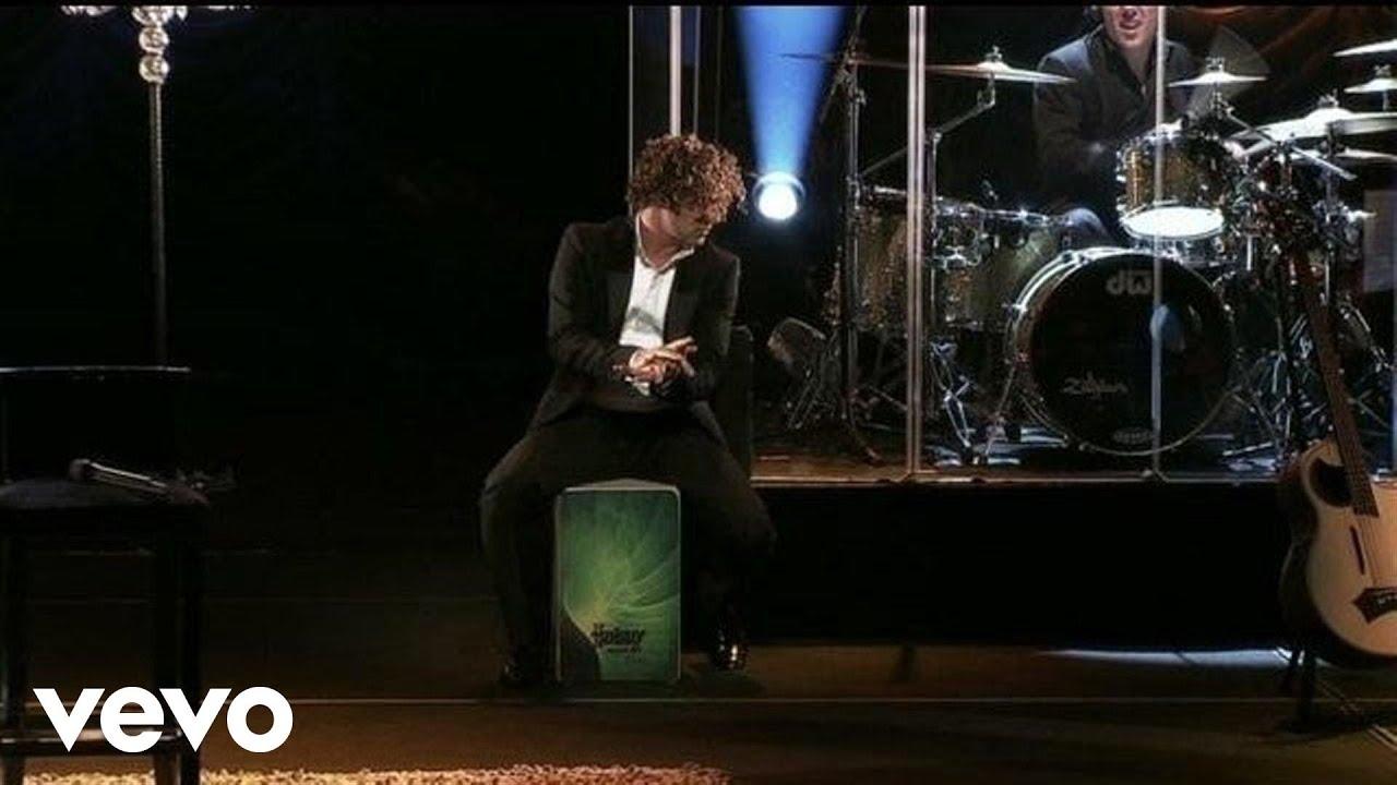 david-bisbal-llorare-las-penas-version-acustica-una-noche-en-el-teatro-real-2011-davidbisbalvevo