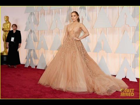 Jennifer Lopez Gets Photobombed By Jennifer Aniston, Snaps Epic Selfie with Meryl Streep at Oscar