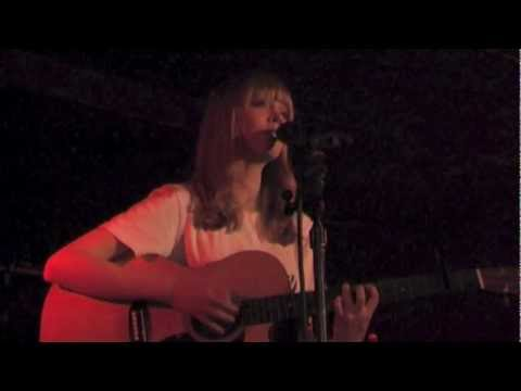Lucy Rose - Don't You Worry - live @Luxor Köln 2013