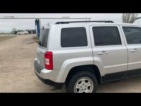 2011 SILVER /GRAY Jeep Patriot 4WD (1J4NF1GB6BD) with an 2.4L L4 DOHC 16V engine, located at 17760 Hwy 62, Morris, OK, 74445, (918) 733-4887, 35.609104, -95.877060 - Photo #0