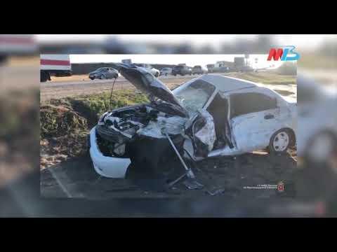 В Волгограде две легковушки въехали в МАЗ: один человек погиб (ВИДЕО)
