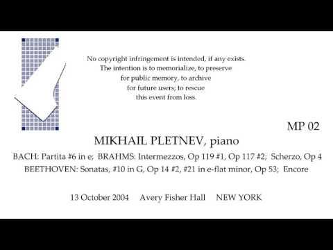 MIKHAIL PLETNEV Recital  13 October 2004   Avery Fisher Hall   NEW YORK