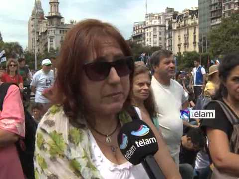 Una plaza repleta escuchó a Cristina en su discurso en el congreso