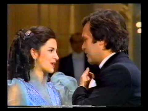 Angela Gheorghiu/Ionel Voineag - Contesa Maritza: Buna ziua fericire - 1984