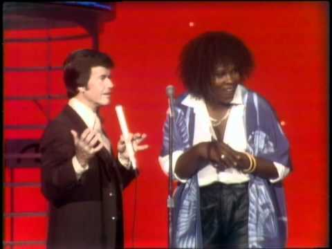 Dick Clark Interviews Sylvester - American Bandstand 1978