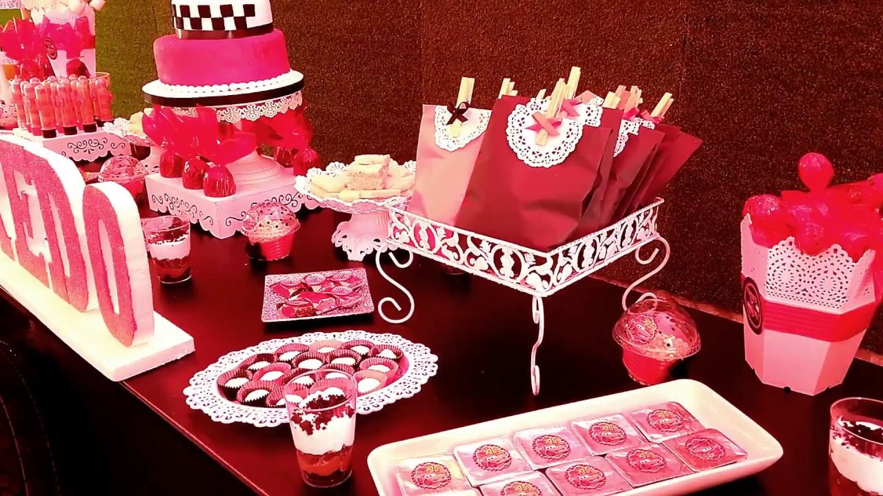7 ideas para decorar una mesa de dulces para fiesta for Decoracion para mesa dulce