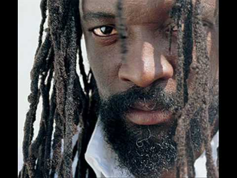 Lucky Dube - It's Not Easy Remix