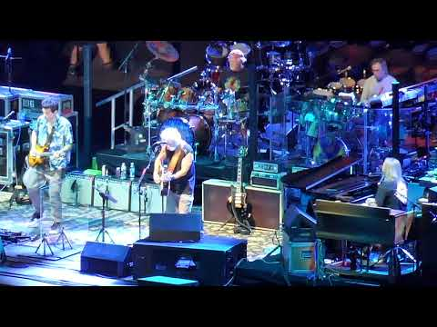 "DEAD AND COMPANY : ""Brokedown Palace"" : DODGER STADIUM / LOS ANGELES (July 7, 2018)"