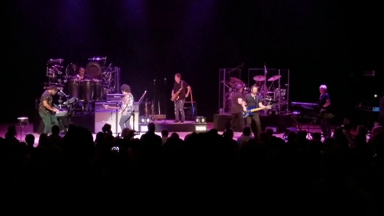 Toto - Rosanna Atlanta 2018 Live - YouTube