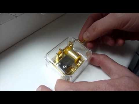 Music box with melody Romeo and Juliet - Dinodirect.com
