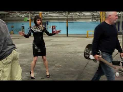 Shootin' Sinéad O'Connor for 'I'm Not Bossy, I'm The Boss'