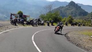 Asoy Geboy touring