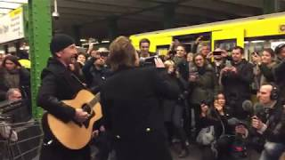 "U2: Live in der Berliner U-Bahnlinie U2: ""Get Out Of Your Own Way"", ""Sunday Bloody Sunday"" und ""One"""