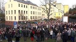 800 Reichenbacher kämpfen für Klinikerhalt