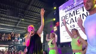 13 Ağustos Salı Kurban Bayramı 3.Günü Kraliçe Demet Akalın 👑 Çınarcık Mawish Beach Disco Happy Hour