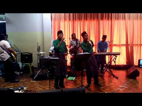 Gadis jelobu Nova ft Dato Hattan 2014