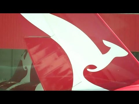 Qantas   Sydney Kingsford Smith Airport plane spotting   Terminal 3   Super close shot HD