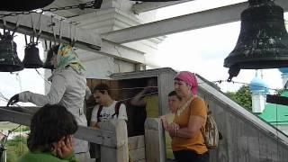 На колокольне в Вехнем Мячково участники велопробега(, 2012-05-28T19:33:28.000Z)
