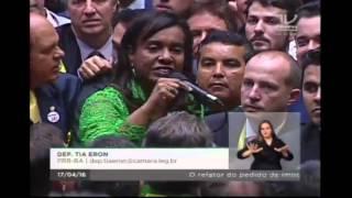 Tia Eron vota SIM pelo impeachment
