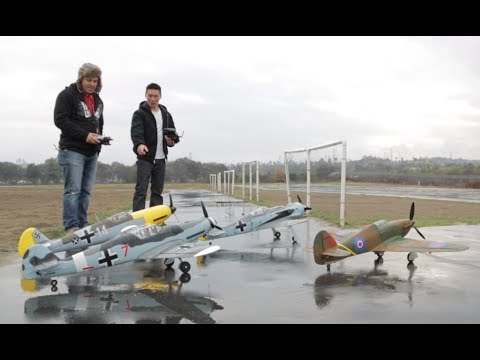 Dogfight in the Rain BF 109, Fockwulf 190, Vs Hawker Hurricane