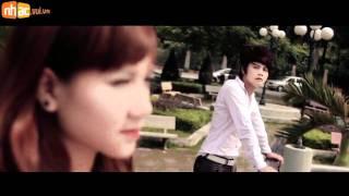 Tự Nhiên Khóc-Yuki Huy Nam