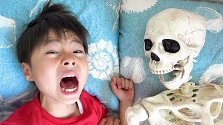Skeleton dream or real!Pretend Play Ko-kun nemi-chan KIDSLINE