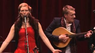 """Gennem Marv og Ben"" from Blum & Haugaard Christmas Tour 2011"