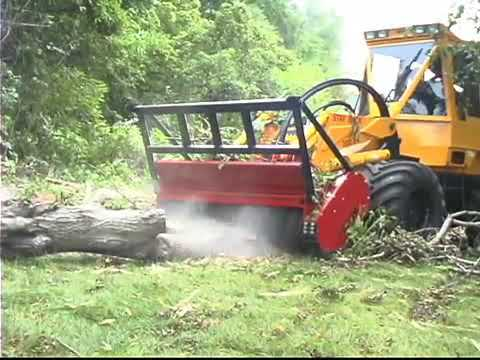 Geo-Boy: In Action - Large Tree Limb Grinding