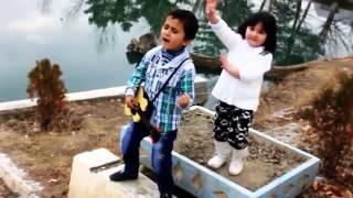 Таджикский мальчик 5 лет поёт Индийскую песню -Танцор диско